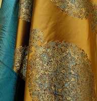 Italiensk i Norge - en blanding av silke og viskose med mønster fra persiske tepper. (Fra Intag)