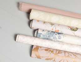 Lunt og landlig: Det er mye naturmønstre på tapet og tekstil.