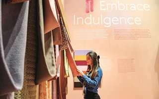 <br/><a href='https://www.ifi.no//fem-trendy-fargepaletter'>Klikk her for å åpne artikkelen: Fem trendy fargepaletter</a><br/>Foto: PIETRO SUTERA