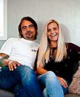 Rune Stene og Trine Moen er fornøyde med sitt nye hjem. De fikk god hjelp av en interiørkonsulent.