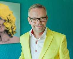 Trond Ramsøskar, interiørarkitekt MNIL er tydelig på at farger gir energi.