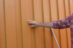 Solutsatte vegger trenger å males hyppigere enn skyggevegger.