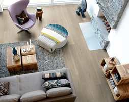 <b>HOLDER LENGE:</b> Et flott og velfungerende gulv krever et godt underlag som ikke bare gir et gulv som er godt å gå på, men også forlenger levetiden til gulvet og reduserer støy. (Foto: Pergo)