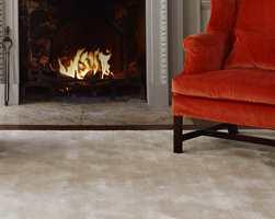 Med avpassede tepper kan du holde føttene varme selv på et kaldt hyttegulv.