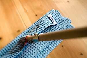 <b>RIKTIG:</b> Uansett gulv – det gjelder å vaske det riktig for å ta best mulig vare på det.