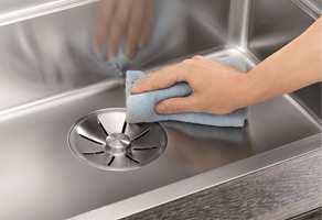 <b>RENT:</b> Det er viktig å ha en kjøkkenvask som er enkel å rengjøre. Gå derfor for materialer i god kvalitet.