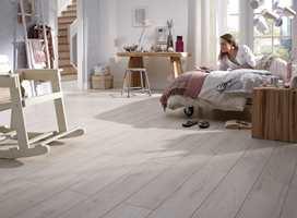 Laminatgulv er lettstelte og slitesterke. Sørg for at gulvet alltid viser seg fra sin beste side. (Foto: Gerflor)