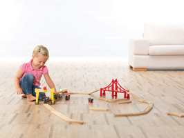 Materialets varmeisolerende egenskaper gjør gulvet godt egnet for bruk i barnerom.