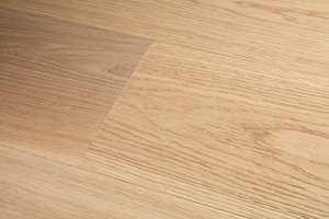 <b>RENT OG PENT:</b> Behandlingen er ikke synlig, men gjør at gulvet holder seg fint i mange år med riktig rengjøring.